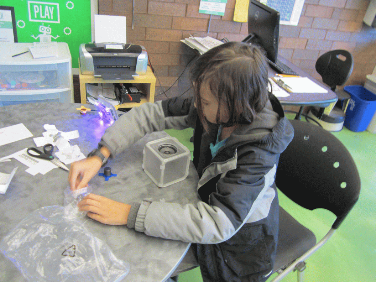 Building speaker cubes