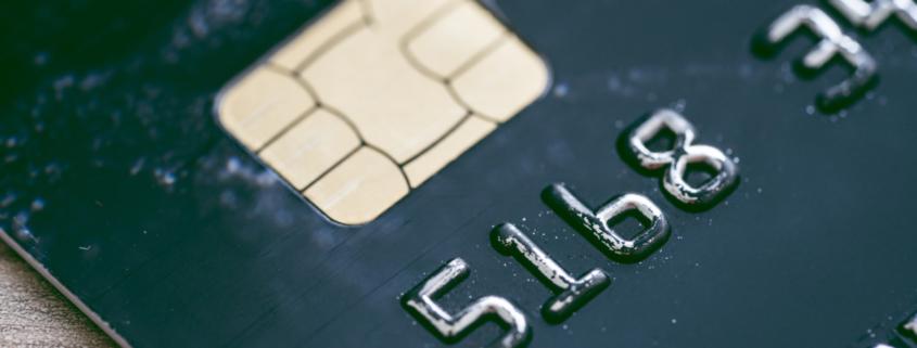 chip reader of credit card